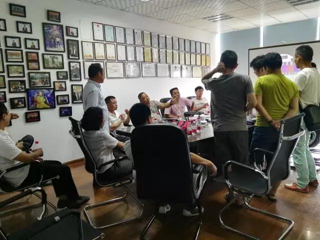8月智能家居培训圆满结束,西默再签4家代理商,累计已达177家!