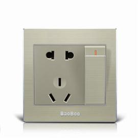 BAOBOO宝泊智能家居一位单控开关带五孔插座高强度进口PC阻燃材料、优质太空铝拉丝面板KG-5KCZ