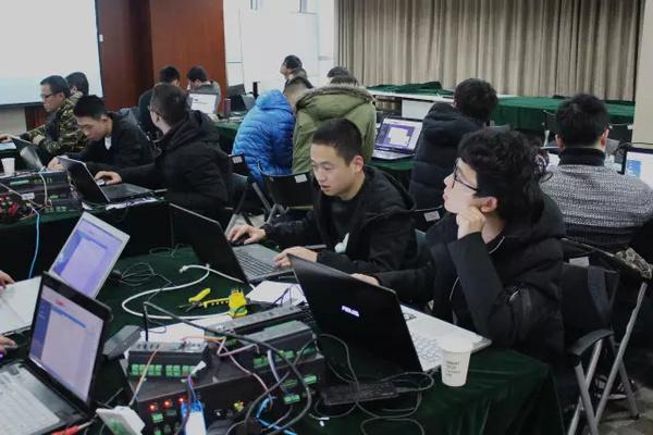 聪普智能2017首期智能家居销售与技术工程师培训会获得圆满成功