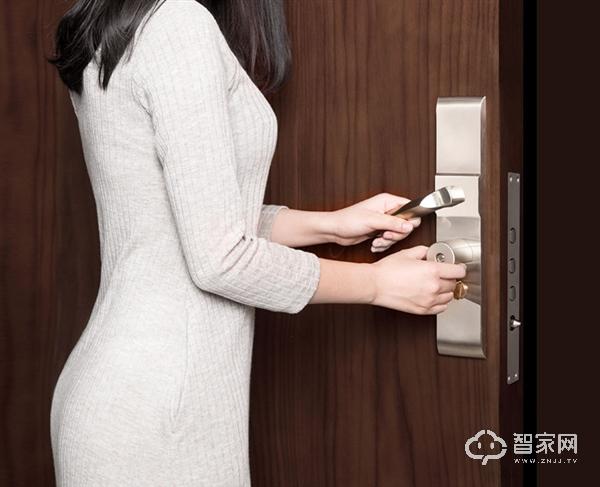 399元!小米有品上架智能锁芯:普通门锁可升智能防盗锁